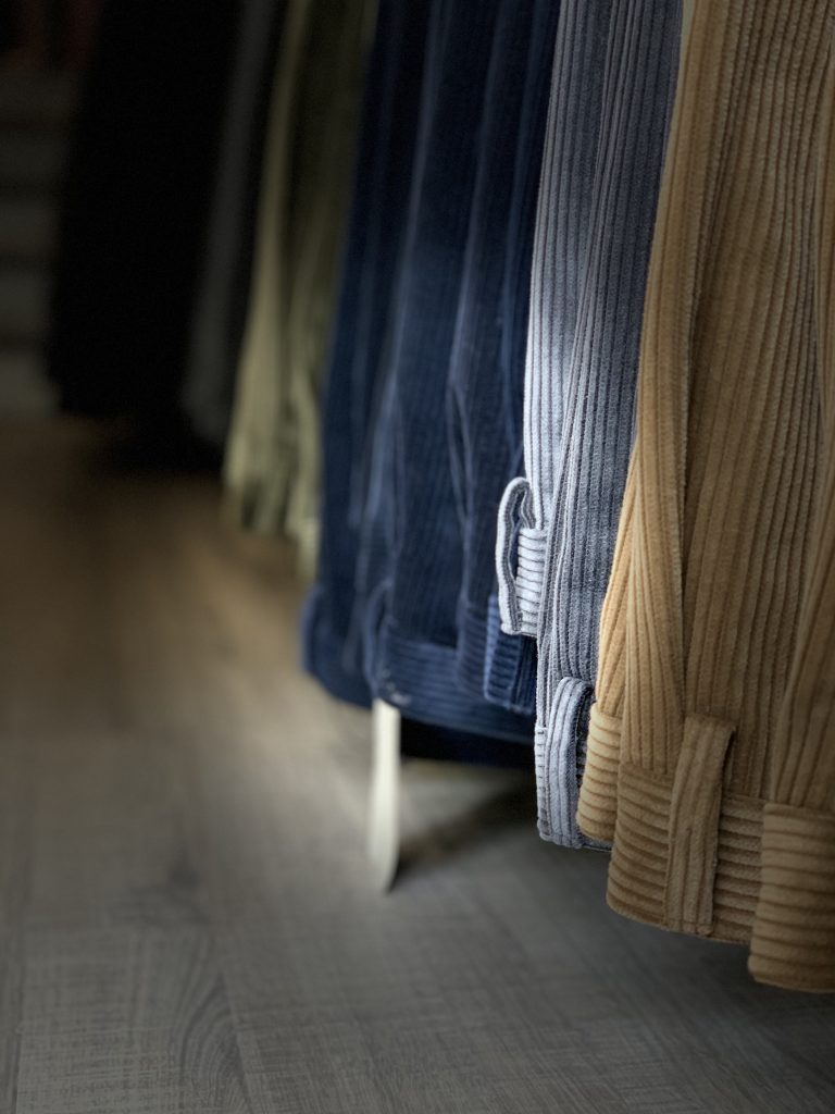 Pantaloni Taglie Forti da Uomo Online